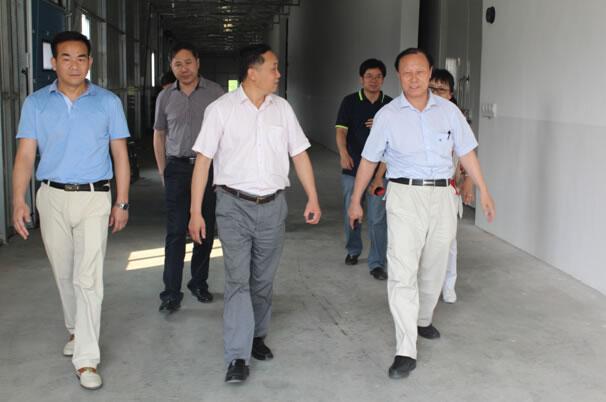 中国工程院李德发院士莅临亚博app官网调研蛋品深加工情况